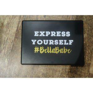 BNIB #BellaBabe Express Yourself palette
